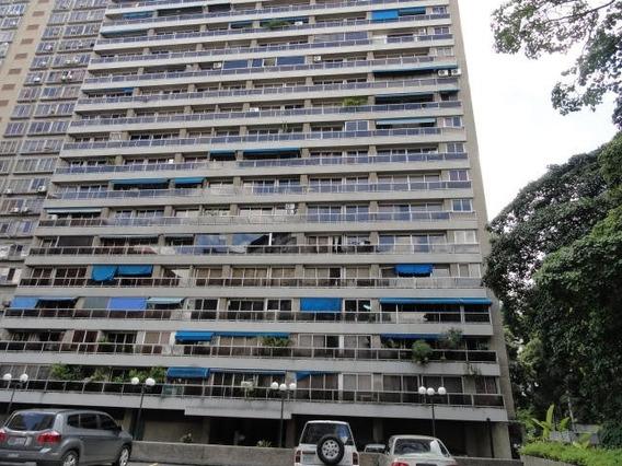 Apartamento En Venta Mls #20-10648 - Laura Colarusso