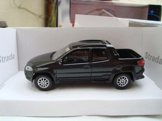 Miniatura Pickup Fiat Strada 1/43 Na Caixa Raro #71115