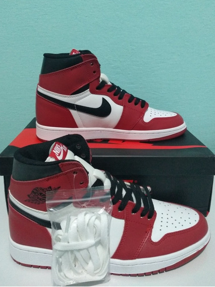 Tenis Nike Air Jordan 1 Chicago