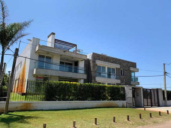 Carrasco Sobre Rambla, Apartamento De 3 Dormitorios, Garaje X 2, Frente Al Mar