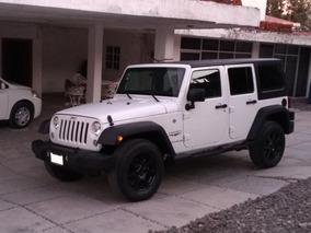 Jeep Wrangler 3.6 3p Unlimited Sahara 4x4 At 2014