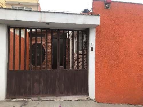 Rcv9596 Lomas De Cantera, Casa En Venta