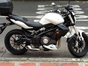 Moto Benelli 300, 27.500 Km, Modelo 2016