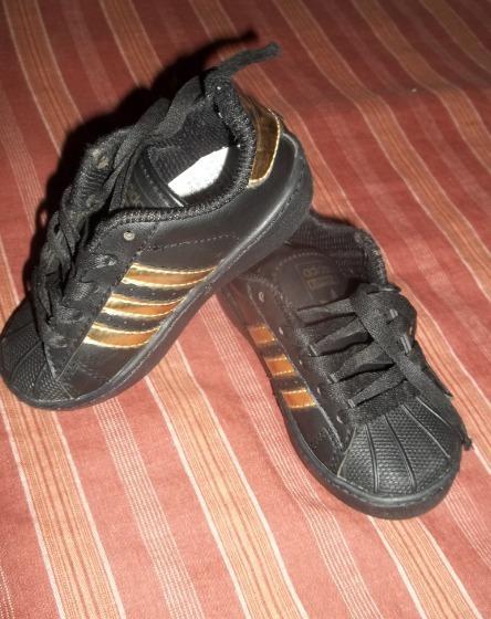 Zapatos adidas Super Star De Niñ@s
