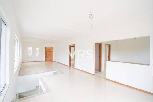 Imagem 1 de 30 de Casa Com 4 Dormitórios À Venda, 180 M² Por R$ 790.000,00 - Albuquerque - Teresópolis/rj - Ca0312