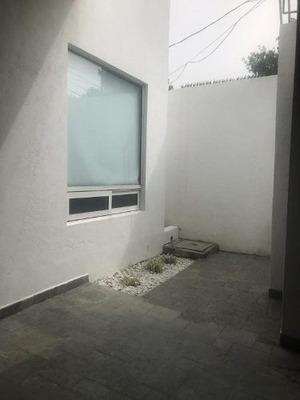 Casa En Renta, San Pedro Garza García, Nuevo León