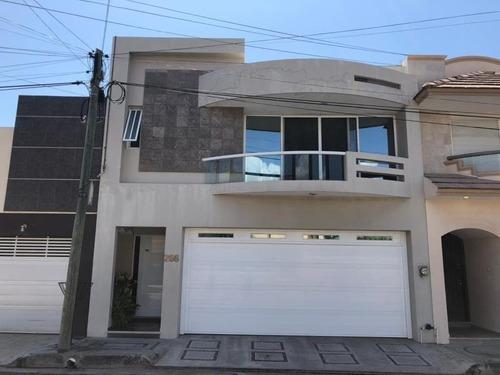 Casa Sola En Venta Costa De Oro 1ra Secc