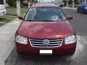 Volkswagen Jetta Clasico 2.0 Rojo 4 Puertas