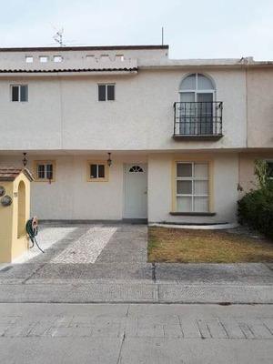 Excelente Casa En Renta, Valle Real, Candiles, Fracc Privado Y Mtto Incluido