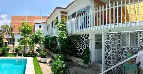 Casa Sola En Lomas De Tetela / Cuernavaca - Via-367-cs