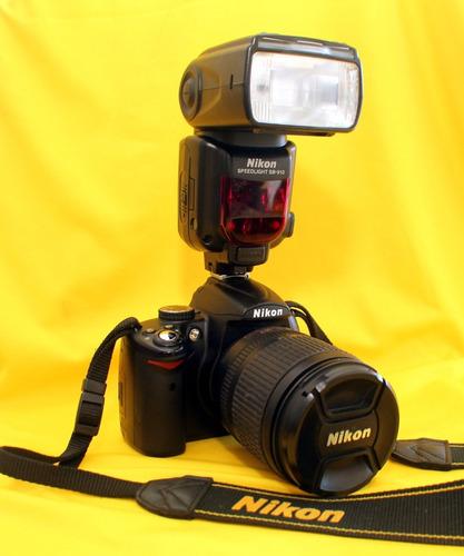 Câmera Fotográfica Profissional - Nikon D.5000 - Semi Nova