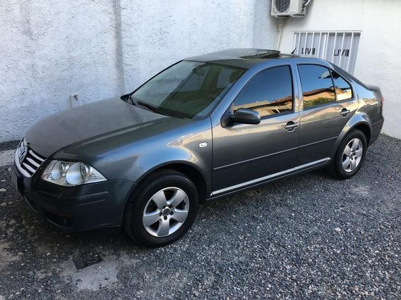 Volkswagen Bora 2.0 Trendline - Liv Motors