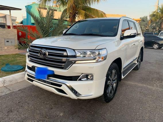 Toyota Land Cruiser Gxr V8