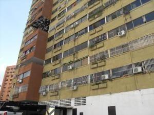Apartamento En Venta Palma Real Naguanagua 20-9677 Dam
