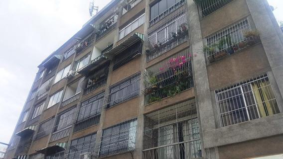 Apartamento En Venta Mmrp 04122431935 #20-11676