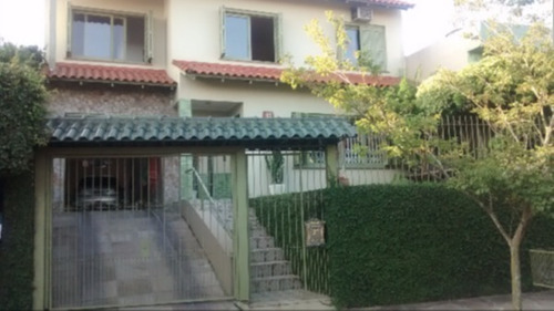 Casa Em Vila Nova Com 4 Dormitórios - Mi14874