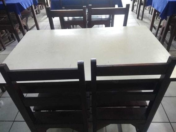 Mesa Com 4 Cadeiras (usadas)