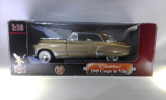 Cadillac 1949 Coupe De Ville Riad Signature Escala 1.18