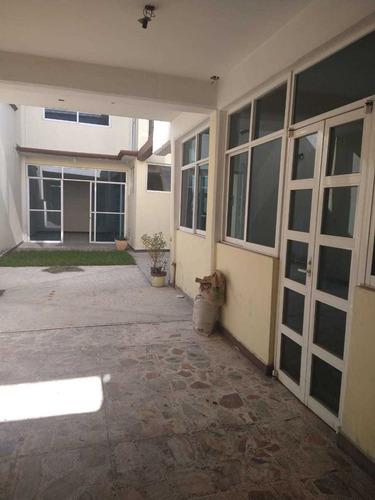 Imagen 1 de 14 de Oficinas En Renta  En Villa De Las Flores Coacalco