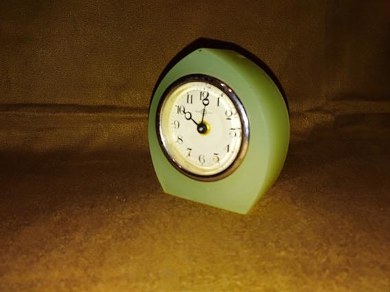 Reloj De Mesa Seiko De Piedra Verde
