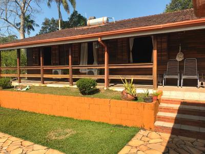 Casa Térrea Em Condomínio Fechado, Com 3 Quartos ,piscina.