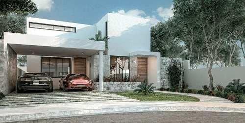 Casa Con Recámara En Planta Baja En Abedules Cholul Mod. Aure