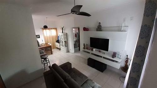 Bela Casa A Venda Em Jacareí, A Poucos Minutos Do Centro Da Cidade, Aceita Financiamento - Ca1314