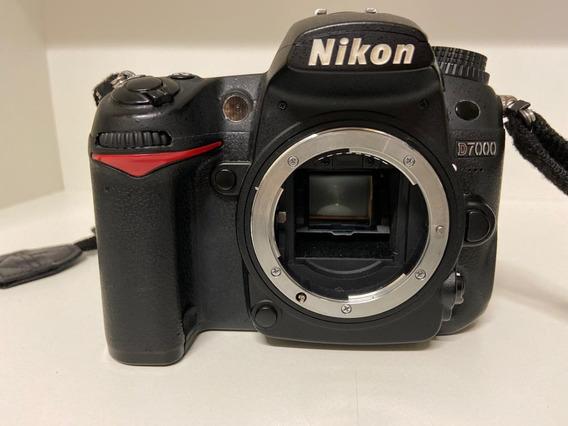 Camera Nikon D 7000