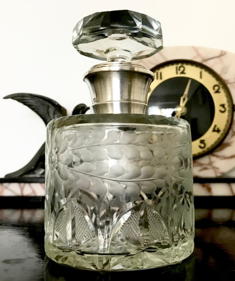 Botellón Perfumero Antiguo Cristal Tallado Cuello Plata 925