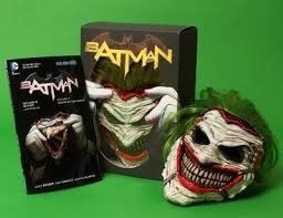 Comic Batman: Death Of The Family - Joker Mask And Box Set