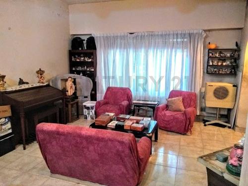 Imagen 1 de 8 de Casa En Lote Propio De 3 Amb Con Dep O Depto A Terminar C/ Entrada Independiente