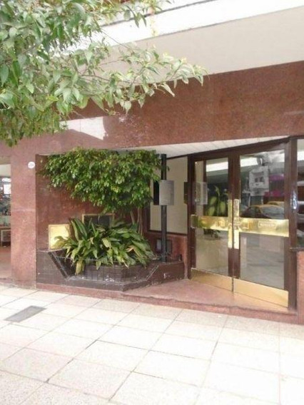 5 Ambientes | Rivadavia, Avda. Al 4300