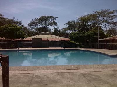 Alquiler Casa En Condominio 600 Mts De La Playa Jacó