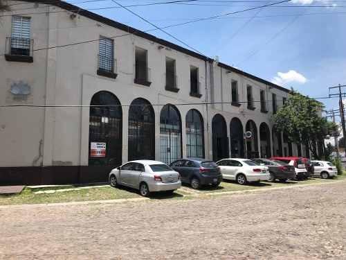 Venta Y Renta De Local En Centro Comercial El Pinar