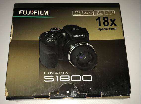 Câmera Semi Profissional Fujifilm S1800