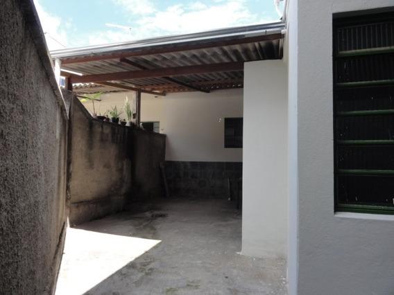 Barracão Com 1 Quartos Para Alugar No Piratininga (venda Nova) Em Belo Horizonte/mg - Gar10693