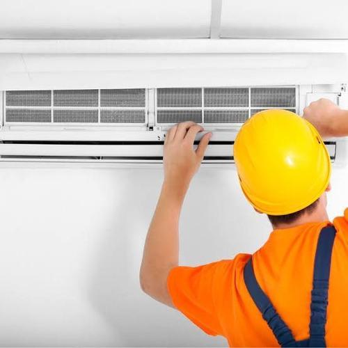Instalação De Ar Condicionados De 7.000 Btus A 18.000 Btus.