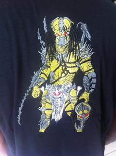 Camisa Preta Predador - Bordada
