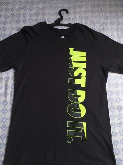 Camiseta Preta Size M - Nike Just Do It Original