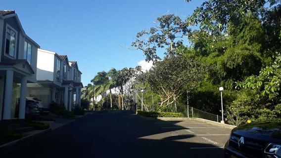 Ventad E Casa, Sector Norte En Conjunto Cerrado