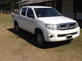 Vendo Toyota Hilux 2,5 Dx Pack 4x4 2011 Impecable