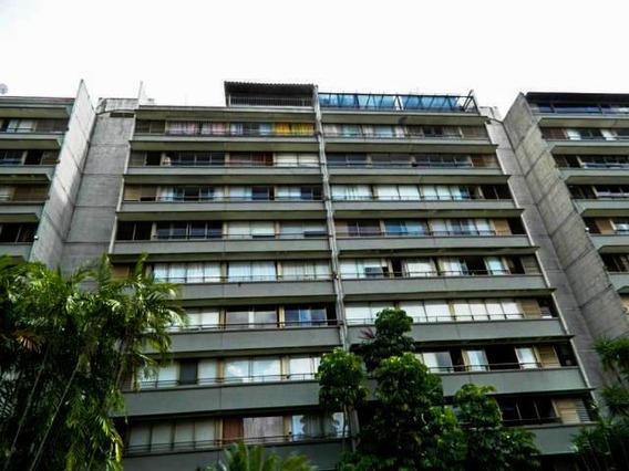 Apartamento En Venta Mls #20-1976