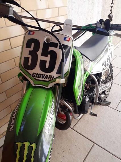 Kawasaki Cross Modelo Kx65