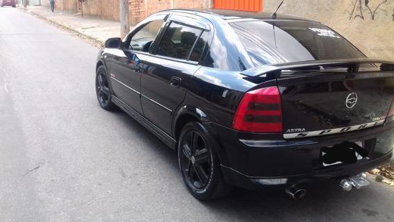 Astra Hatch 2.0 16 V