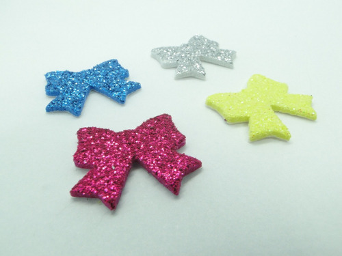 20 Adesivos Pet Laços 2,0cm Piercings Lacinhos Eva Com Glitter Para Petshop Cães E Gatos Banho E Tosa