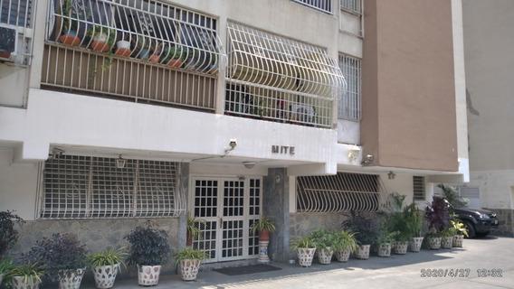 Apartamento En Parque Aragua/04125078139 Yosmerbi Muñoz
