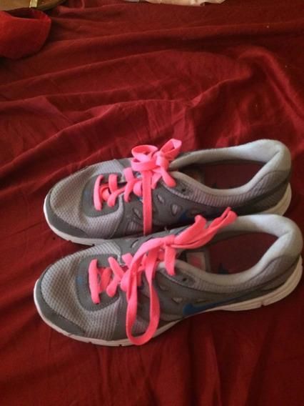 Vendo Zapatos Usado