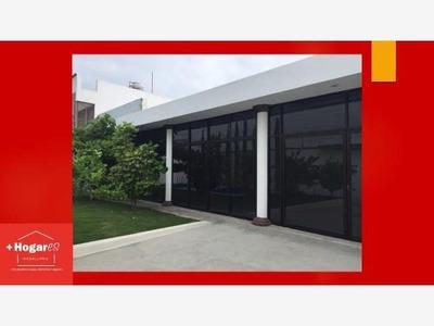Local Comercial En Venta Salón De Fiestas En Plan De Ayala