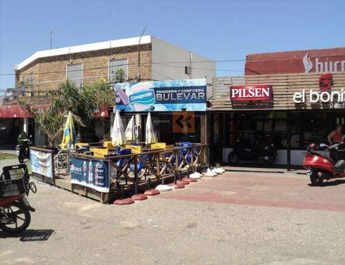 Local Comercial Con Excelente Ubicación- Ref: 984