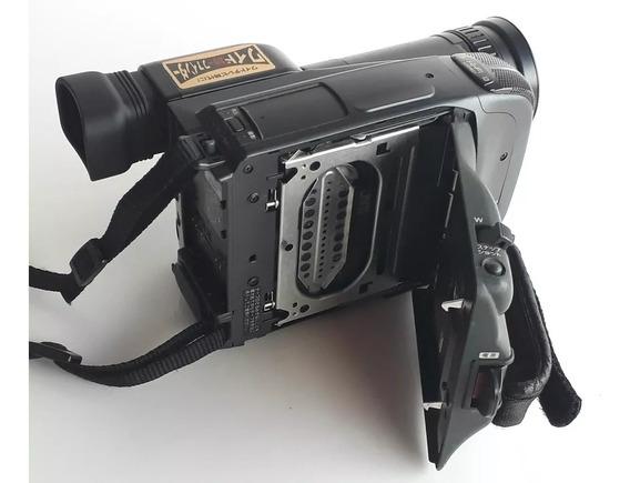 Câmera Profissional Panasonic Nv-s200- No Estado